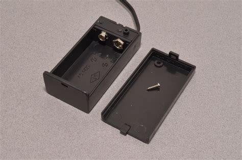 9V Battery Case with Switch - Arduino Compatible - BC Robotics