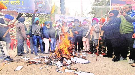 Newlyweds, first-time fathers dedicate their Lohri to