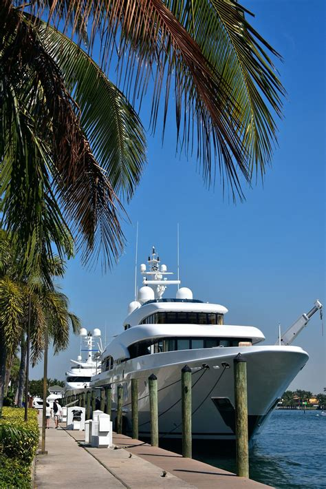 Superyacht at Hilton Marina in Fort Lauderdale, Florida